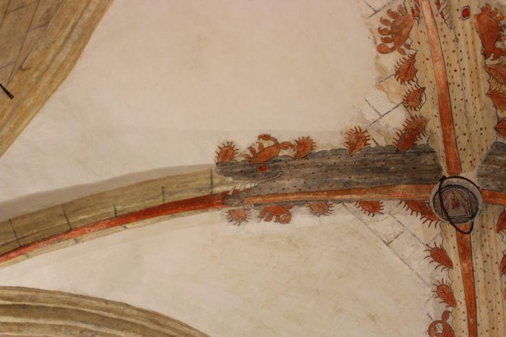 Iglesia del Salvador. Dragones en bóveda de capilla