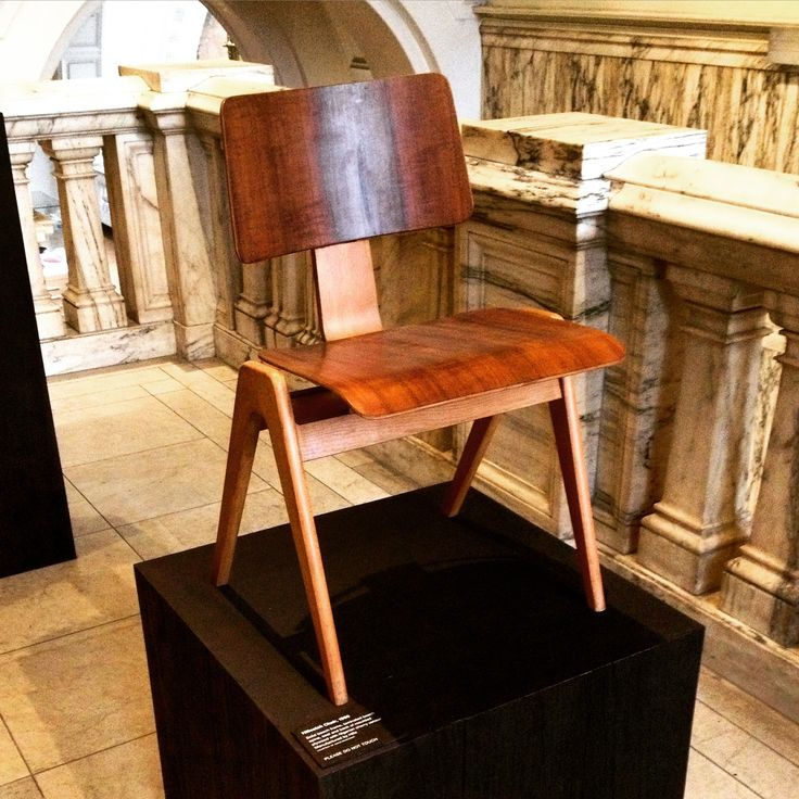 Simply stunning design by #robinday #l_d_f #vandamuseum #design #art #wood #chair #creativity #london #museum