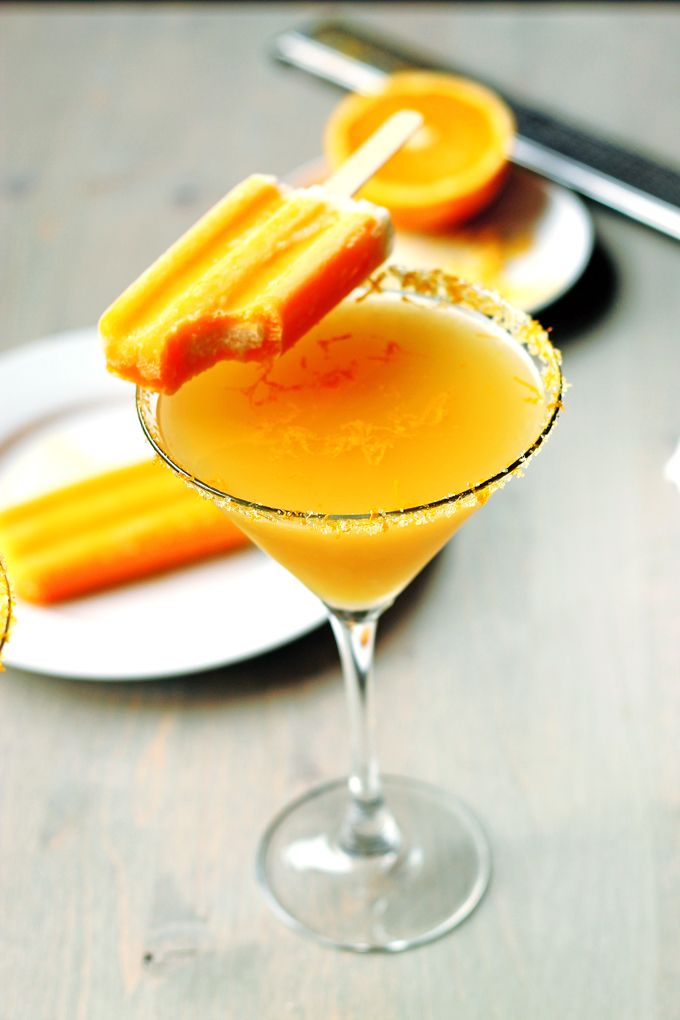 Orange Creamcicle Martini | http://cookswithcocktails.com/orange-creamcicle-martini/