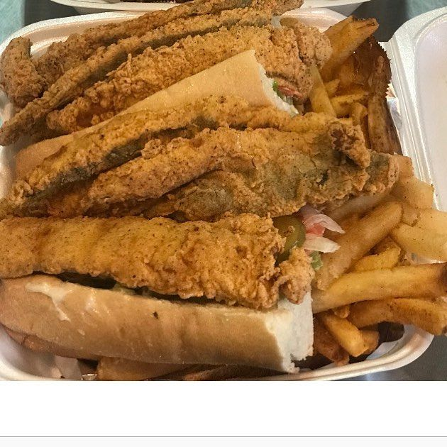 Pin By Funkyfabu Daprettyone On Dining Out Good To Go Yum Fried Fish Halal Chinese Food