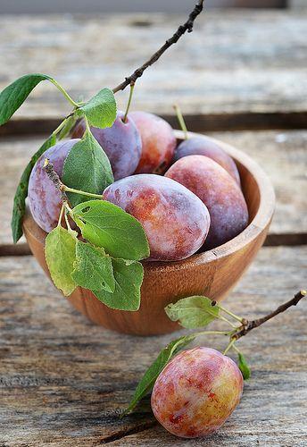 plums fruits