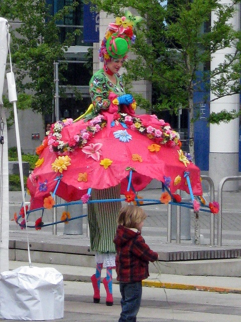 Stilt walker by Ruth and Dave, via Flickr. Another rigid hem. I like the treatment on the base of the stilts.