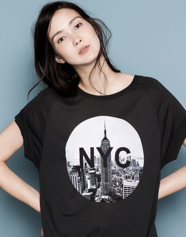 PRINTED T-SHIRT WITH SPARKLES - BLACK
