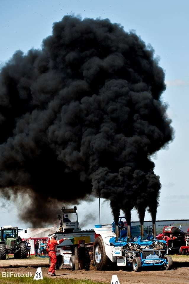 # Rolling Coal Pulling Tractor http://www.wealthdiscovery3d.com/offer.php?id=ronpescatore