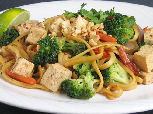 Vietnamese Noodles with Tempeh and Peanuts   This easy vegan dinner recipe is just like delivery!