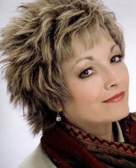 Photos Of Short Haircuts for Older Women_14