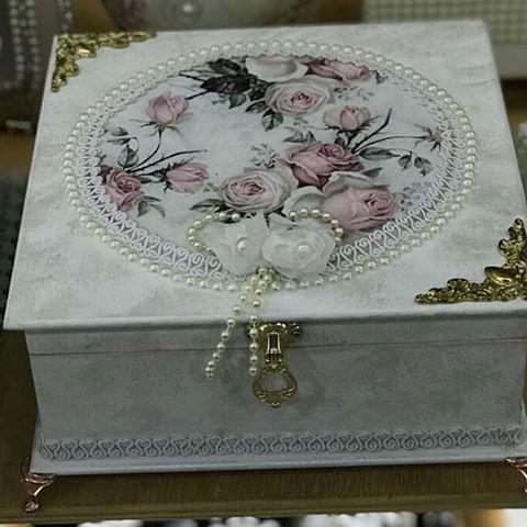 Caixa para bijouterias#presente#amor#mariadiva#decoracai#caixas#mdf#bijuterias