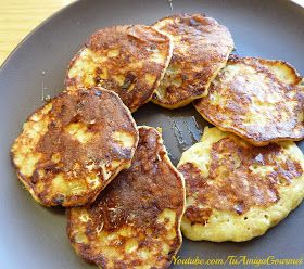 Receta: Pancakes de Banana con 3 ingredientes: bananos maduros, avena súper molida, canela!
