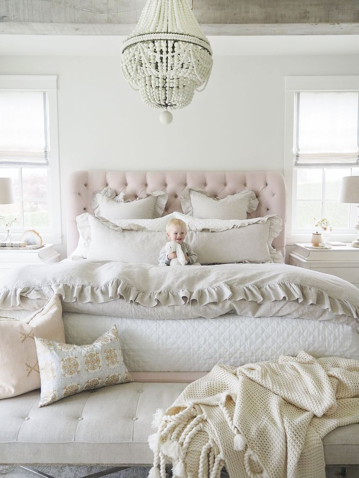 Jillian Harris selected our Q2 100% Linen roman shades with ribbon detail for her master bedroom.... Diggin' it! Order your own custom roman shades online today! We make it simple and straightforward to get perfect custom shades for your windows! https://qdesigncentre.com/shop/shades/100-linen-shades-ribbon-2/