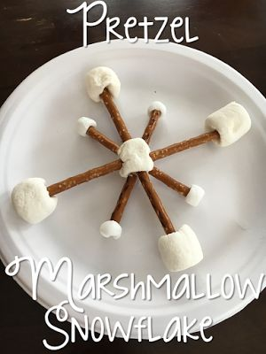Building snowflake snacks for Tot School Tuesday: SNOW ideas for your toddler or preschooler {from Mrs. Plemons' Kindergarten}