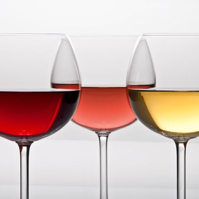 Are there health benefits to drinking wine? Our guide sorts out facts from wishful thinking. We also have a handy quiz to help you tot up the calorie count of wine and other alcoholic drinks...