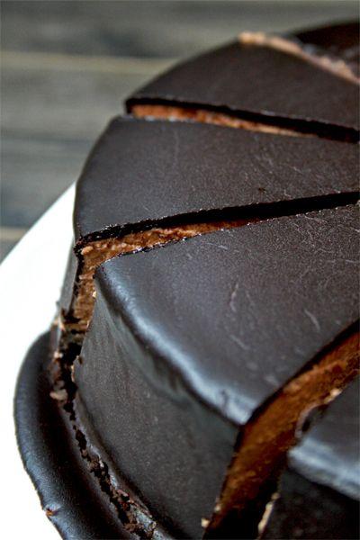 Chocolate Baileys cheesecake   gotta get baked