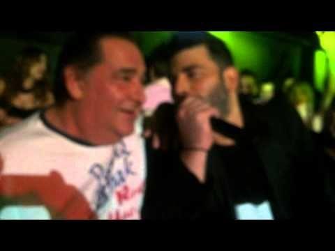 Καρράς - Παντελίδης. Η συναντησή τους στο Teatro και τα συγκινητικά λόγια που ακούστηκαν.. 2-5-2014 - YouTube