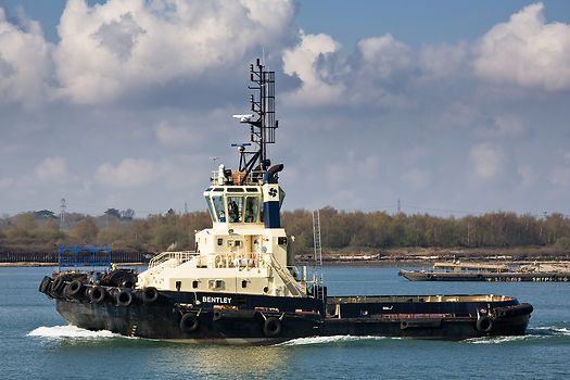 The Svitzer Towage tug 'Bentley' in the Port of Southampton