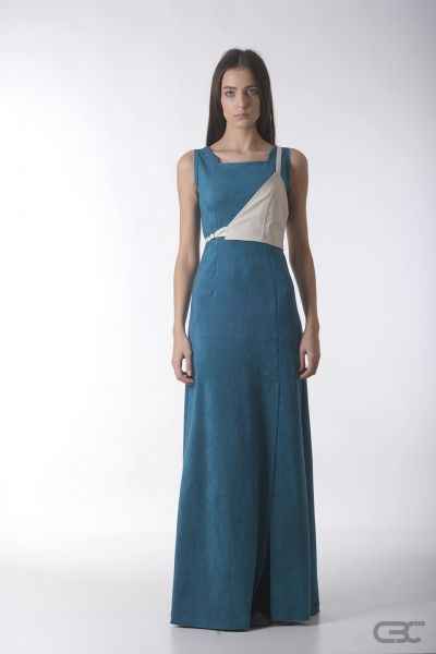 Crepe Black Collar long teal dress from suede-like fabric wish cream accessory.Check out the online shop for details.
