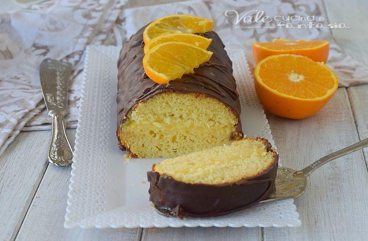 ROTOLO ARANCIA E CIOCCOLATO morbidissimo morbidissimo, un impasto alle arance, una crema alle arance ed una copertura di ganache al cioccolato