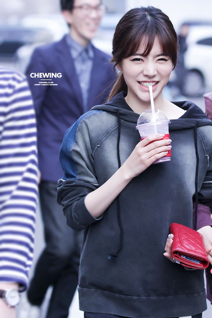 --Girls' Generation Sunny--