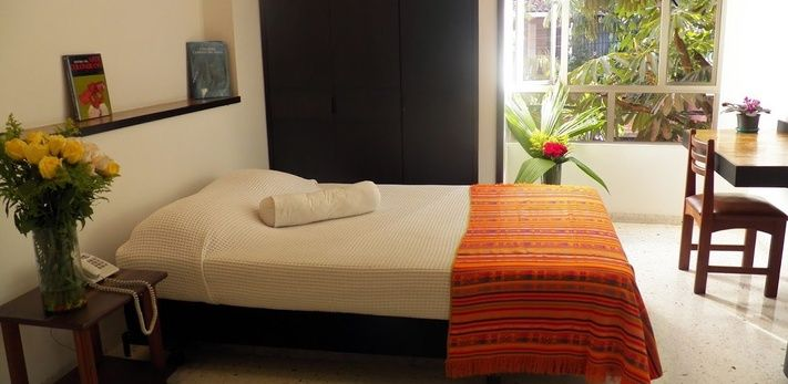 HABITACIÓN MASTER Hotel Casa Santa Monica Cali Norte