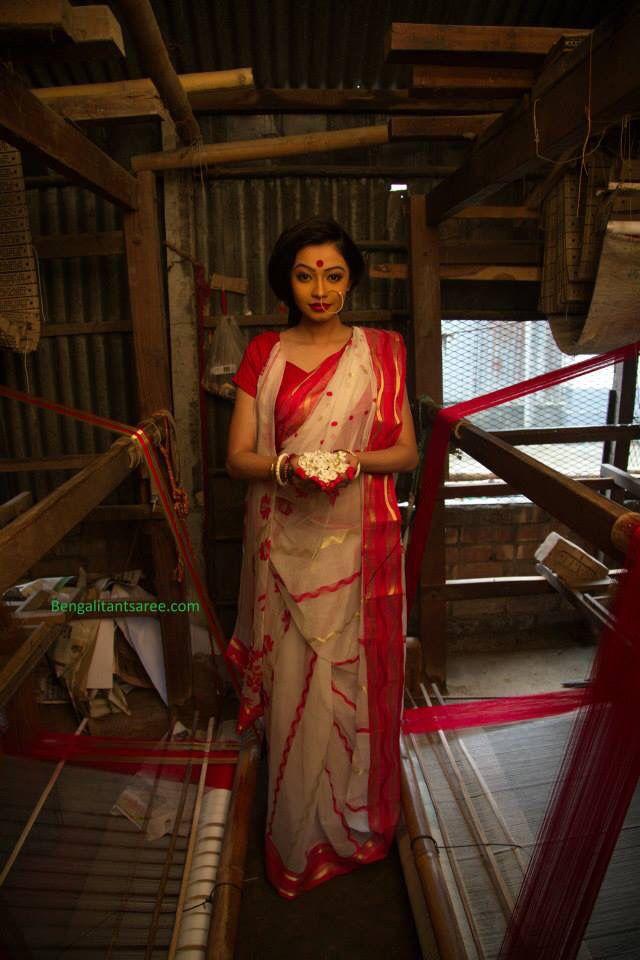 Bengali Shada saree lal paad