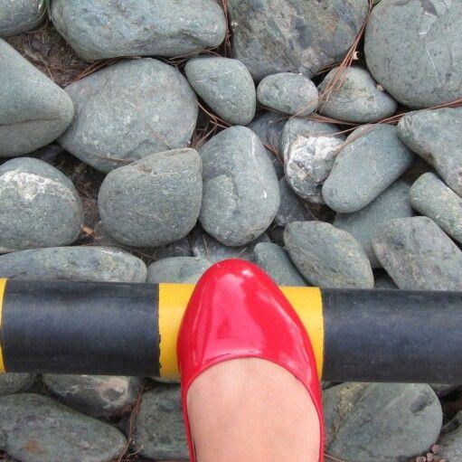 Riht foot, wrong path!