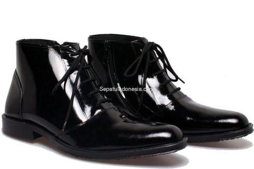 Sepatu pria BFH 149 adalah sepatu pria yang nyaman dan elegan...