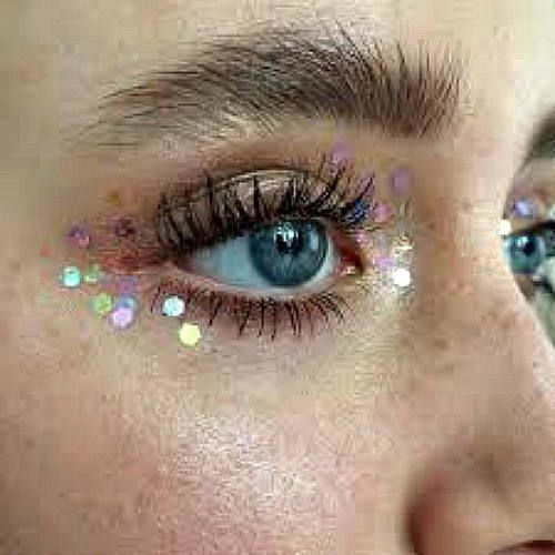 Glitter Face Makeup, Festival Make Up, Cosmetic Grade, Stargazers, Festival Makeup Looks, Face Glitters, Glitter Highlight, Shimmer Hilite,