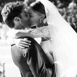 Belen Rodriguez e Stefano De Martino 2° anniversario di matrimonio