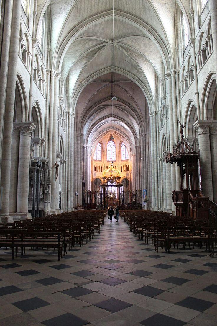 Cathédrale de Sens (architecture)