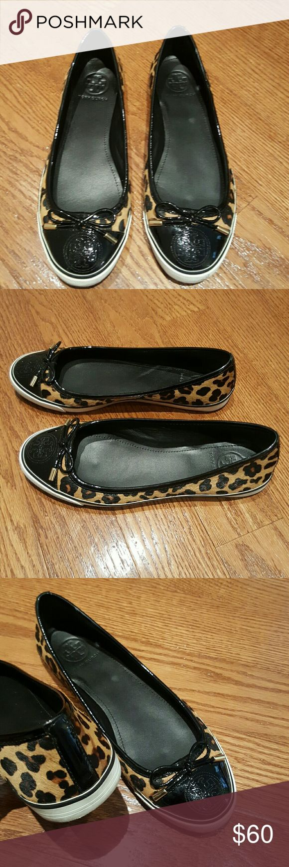 Tory Burch flat shoes Animal print ballet shoes Tory Burch Shoes Flats & Loafers
