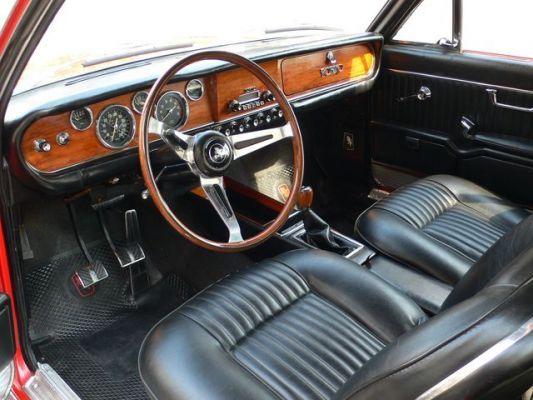 Torino 380 coupé interior
