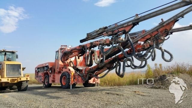 Bergbaumaschine Tamrock T11 Data 315 Jumbo Boomer zu verkaufen. wir verkaufen Tunnelbaumaschinen zu günstigen Preisen. http://www.ito-germany.de/tamrock-axera-t11-data-315-jumbo-zu-verkaufen