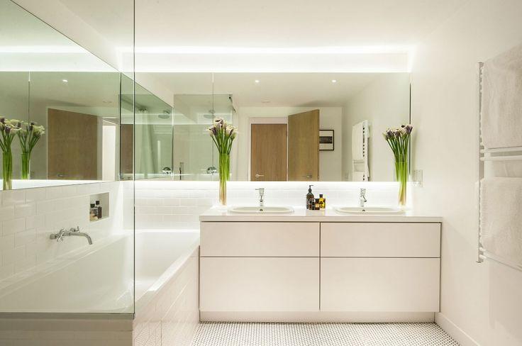 Фото дизайнерских интерьеров маленьких ванных комнат