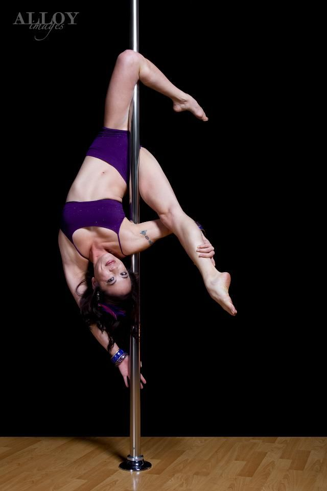 Outside leg hang variation - Sexy Flexy