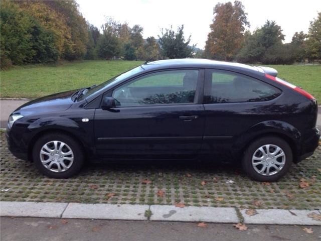 Ford Focus 1.4 16V Ambiente - 0
