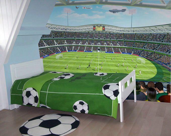 Slapen tussen de sterren van jouw favoriete voetbalclub. Dat kan met dit voetbal behang.