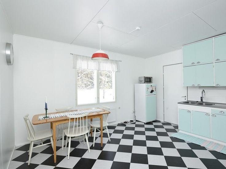 Tutustu myytävään kohteeseen: Omakotitalo - Kyröntie 437,  Pöytyä. Löydä uusi kotisi jo tänään!