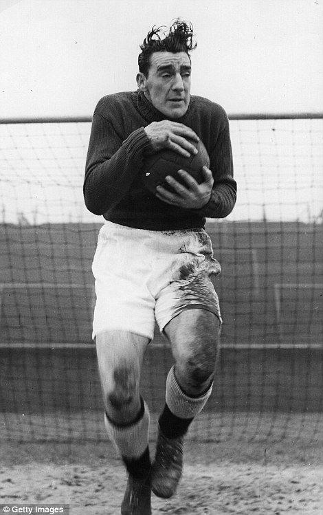 Frank Swift - Man City goalkeeping legend.