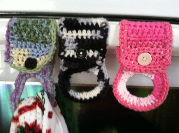 Free Crochet Patterns For Kitchen Towel Holders : Crochet Tea Towel holders. Free pattern. Could make a good ...