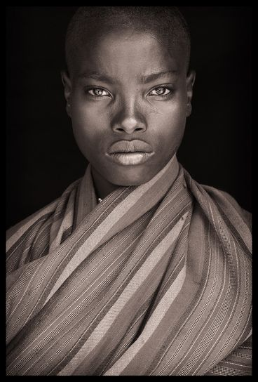 Up close and personal with amazing portraits of African tribespeople