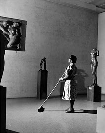 Beauty Can Be Wrong: Fred Wilson.  Museum staff member. c. 1939.  Photograph ©1999 The Museum of Modern Art, New York.