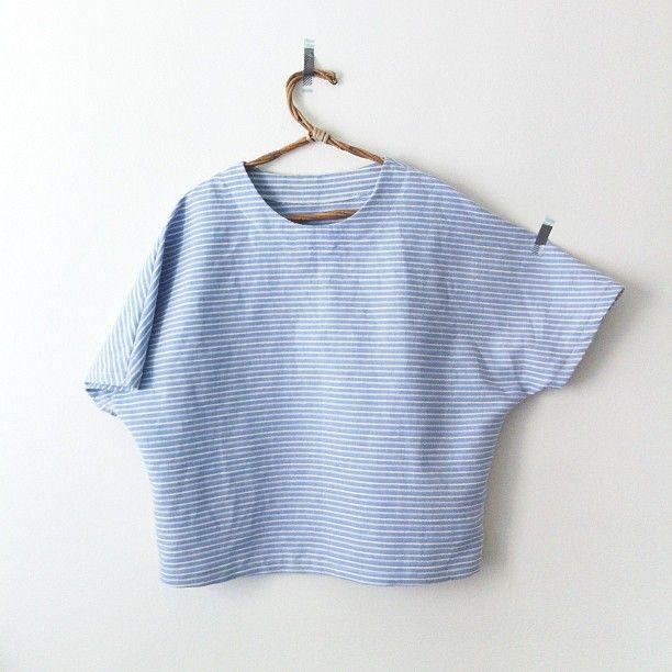 HOMAKOさんはInstagramを利用しています:「Handmade blouse No.3 for @ayasaki_la これ着るともっとかわいいよー!!私もダブルガーゼか薄い麻で作ろうかと、、、#handmade #stripe」