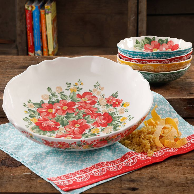 Free Shipping. Buy The Pioneer Woman Vintage Floral 5-Piece Pasta Bowl Set at Walmart.com