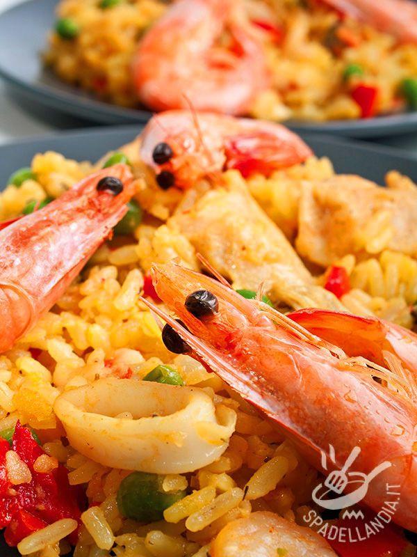 Risotto giallo ai frutti di mare | Ricetta | Piatti di pesce ...