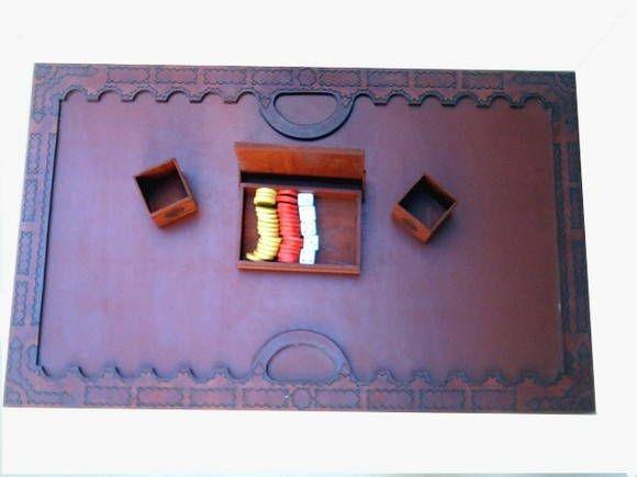 Tabuleiro de Gamão modelo antigo