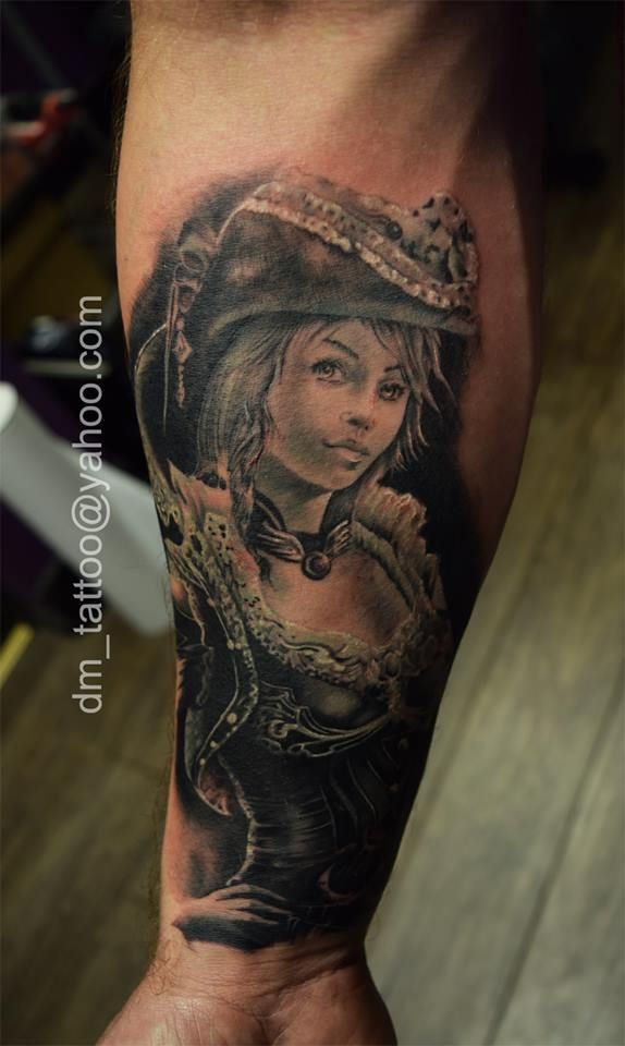 Best 25+ Pirate girl tattoos ideas on Pinterest   Pirate ... - photo#29