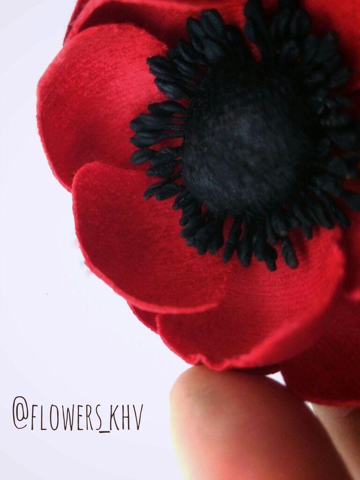 Брошь-анемон из бархата  от  @flowers_khv #brooches#брошь#брошьцветок#купитьброшь