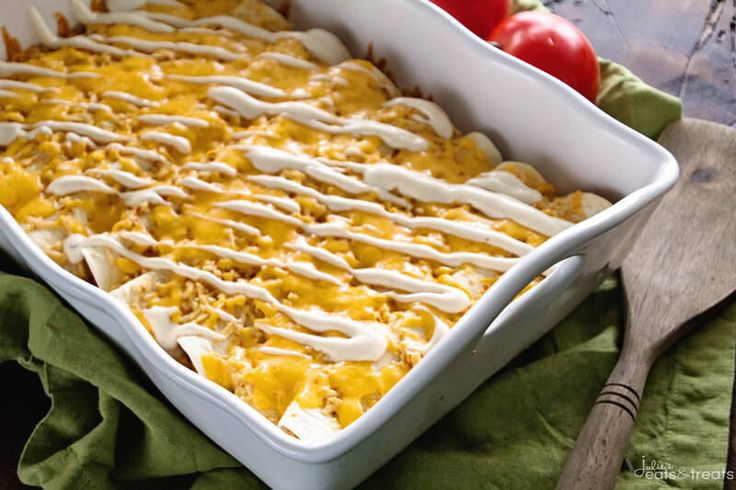 Chicken+Ranch+Enchiladas+~+Jazz+Up+Your+Weeknight+Dinner+Enchiladas+with+a+Ranch+Twist!+Delicious,+Easy+and+Addictive!