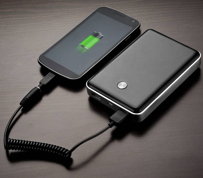 The Trent NT120T Powers Your USB Gadgets While On The Go http://coolpile.com/gadgets-magazine/the-trent-nt120t-powers-your-usb-gadgets-while-on-the-go/ via CoolPile.com - $58.99- Amazon.com, Android, Extended Battery, HTC, iPad, iPhone, LG, Nokia, Rechargeable, Samsung, Smartphones, Tablets, USB