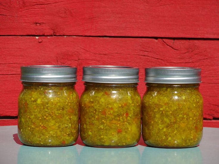 """Add some spicy zip to hamburgers and hot dogs. Turn a typical barbecue into something with a lot more spice by upgrading those condiments. This basic jalapeño relish puts the """"HOT"""" in hot dog, and it tastes incredible on burgers too.So heat up that grill and that fixin's station too. It's easy to make, and your …"""