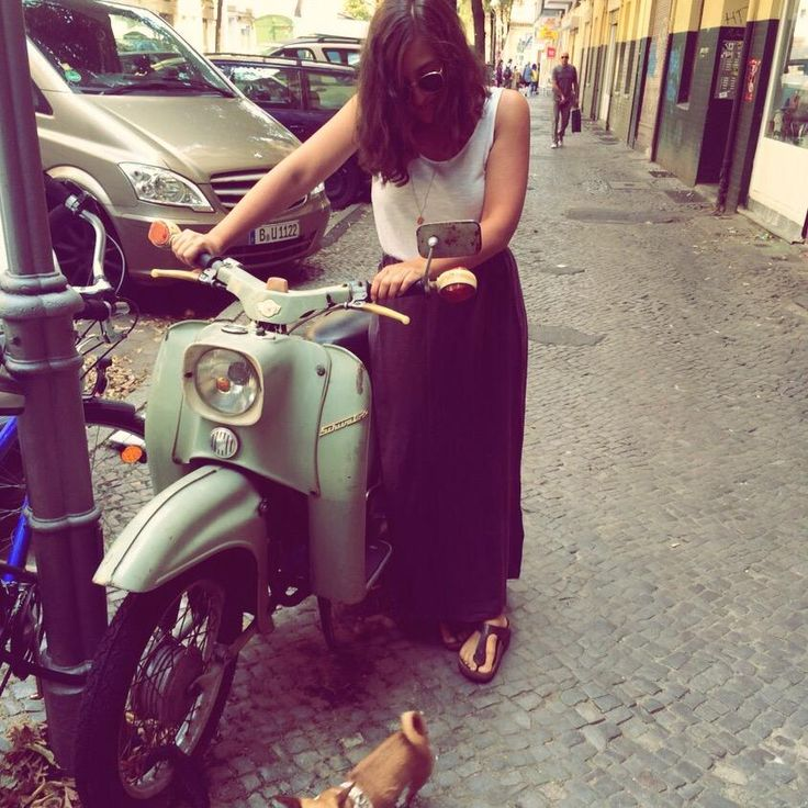 """And here is Deschy's #WEARASTORY moment with our skirt """"Poesie"""" - #Comfy #Stylish #OnTour"""